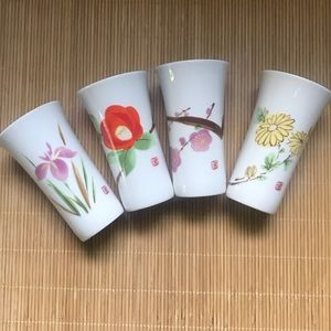 Set of 4 floral sake shot glasses